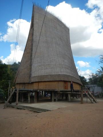 Bahnar ronghouse