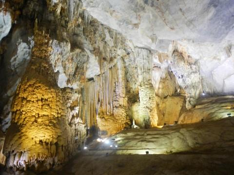 Paradise Cave stalagmieten